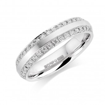 Platinum 4.5mm Lucrezia diamond wedding ring 0.20cts