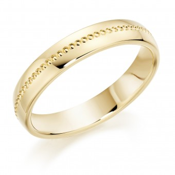 18ct yellow gold 4.5mm Stella court wedding ring.