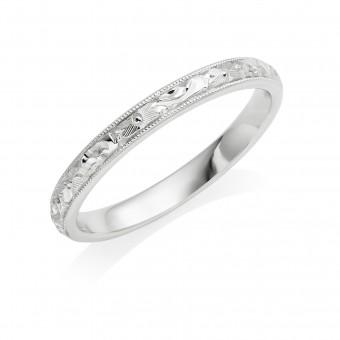 Platinum 2.5mm flower & scroll wedding ring
