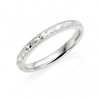 Platinum 2.5mm autumn leaves wedding ring