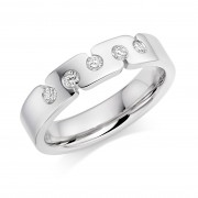 Platinum 4.5mm Teodora diamond wedding ring 0.15cts